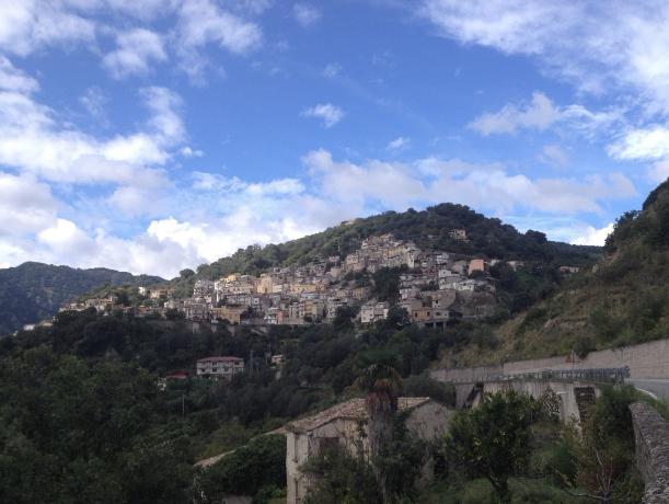 Antonimina, veduta del piccolo paese della provincia di Reggio Calabria.